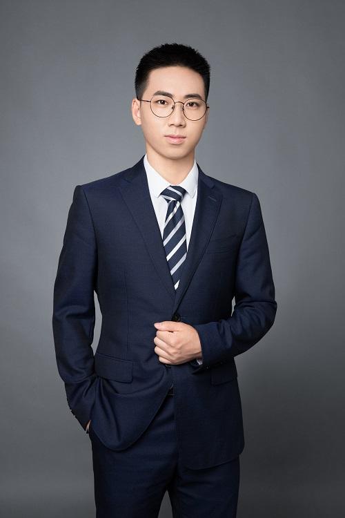 实习律师钱亚洲