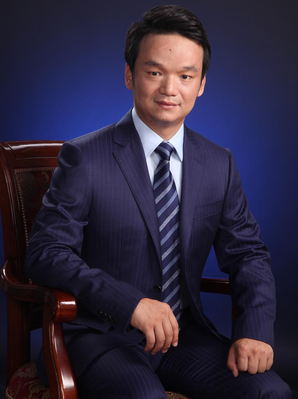 冠领简讯:恭喜周旭亮律师入选《法律讲堂》专家库